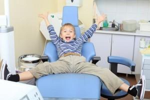 Скидки для школьников в стоматологии Уфы «DentalCare»